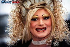 drag_queen_makeup_1286405352